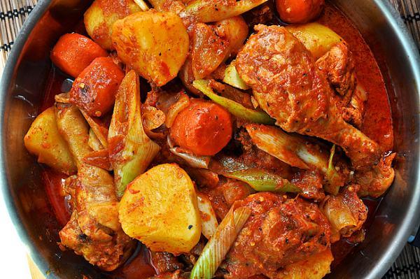 鶏ボクウムタン, 韓国風辛い鶏鍋